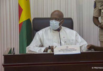 Crise sanitaire, élections, et autres enjeux nationaux : le président du Faso consulte la classe politique.